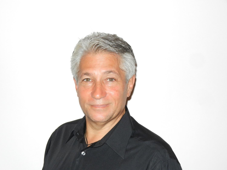 Dr. Jay Handt